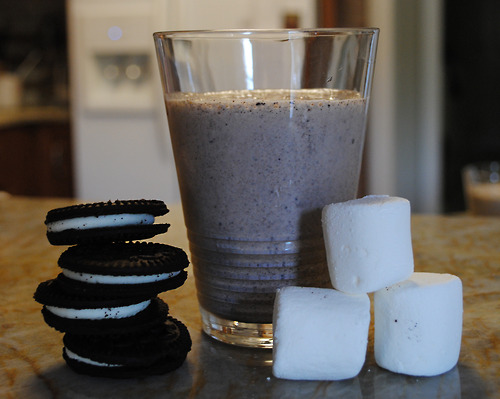 Toasted Marshmallow Cookies and Cream Milkshakes